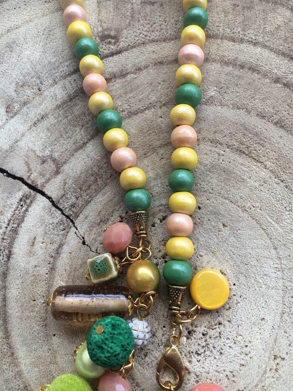 Collar-artesanal-verde-brunei