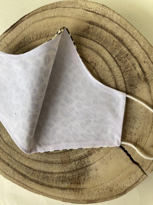 Mascarilla-blanca-reutilizable
